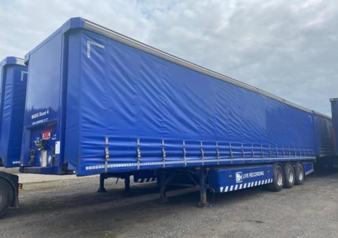 SDC 2007 4.05m Curtainsider